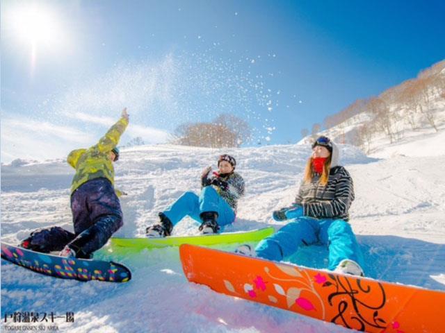 ■夜発日帰り 戸狩温泉スキー場