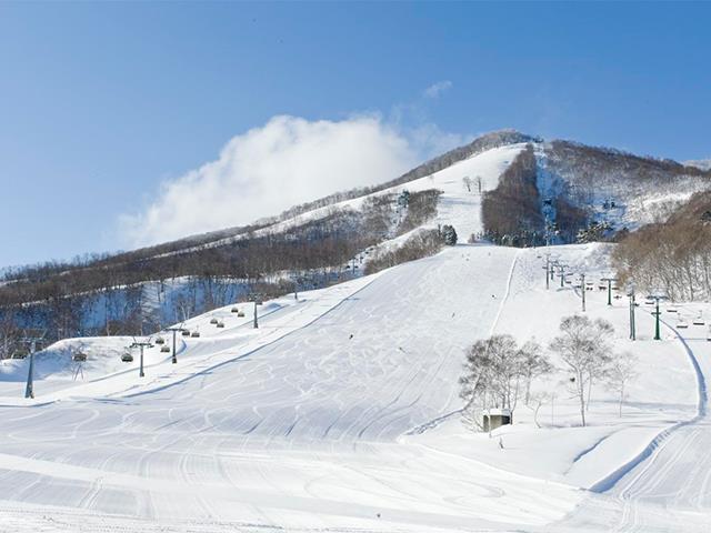 ■新幹線で行く 斑尾高原スキー場 お宿おまかせプラン<バストイレなし>(1泊2日)