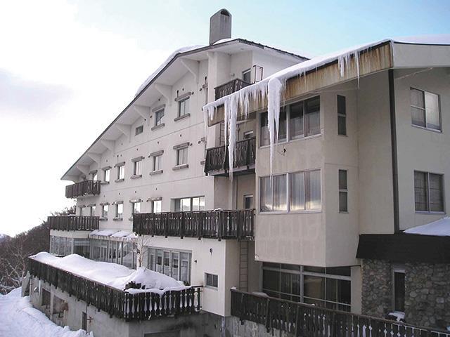 ■マイカーで行く  志賀高原スキー場 ホテルタキモト 朝食付